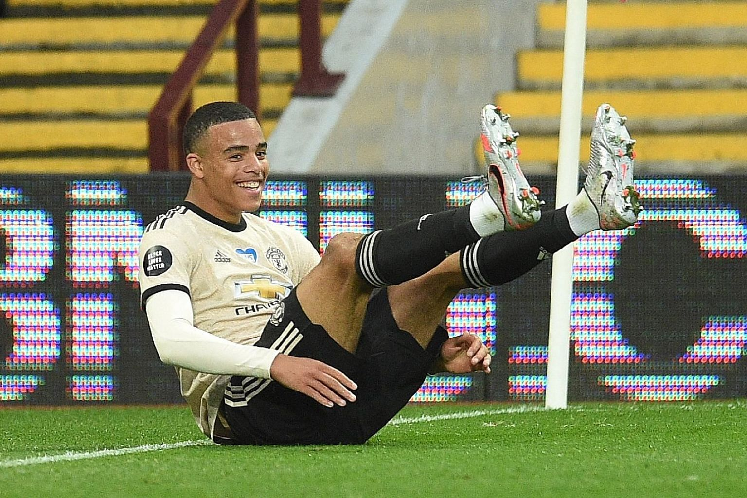 Young forward Mason Greenwood is hoping to become the first Manchester United teenager to score in four consecutive league matches.