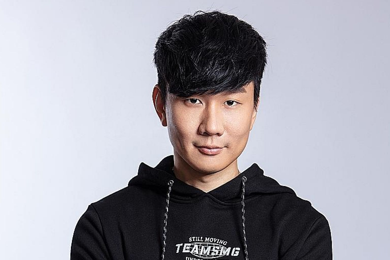 Mandopop singer JJ Lin (left) has formed a team that will compete in first-person shooter game Valorant.