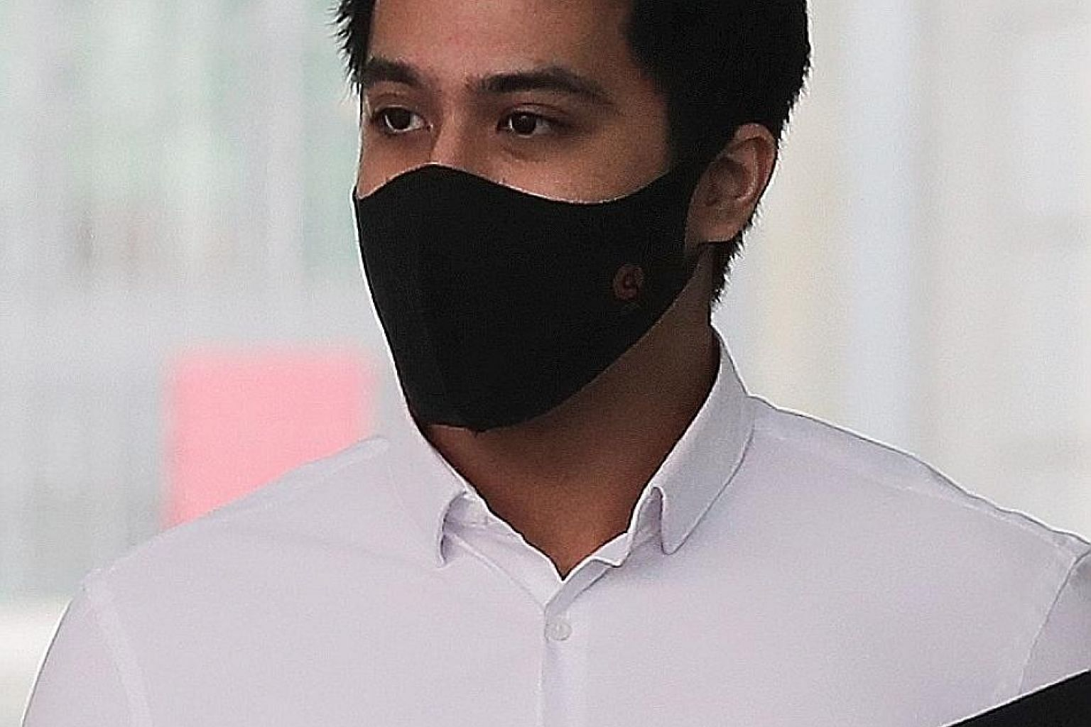 Mohamad Aliff Aziz admitted stealing $300 and one million rupiah (S$94) in cash from an Indonesian actress. ST PHOTO: GAVIN FOO