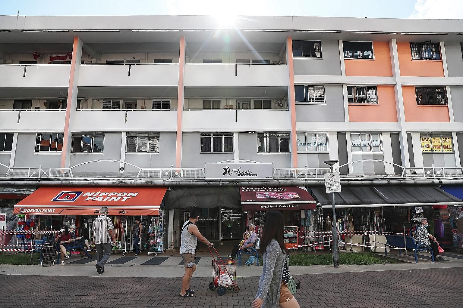 Landlords who are unable to reach an agreement with pandemic-affected tenants on whether the tenants are eligible for rental waivers can apply to have assessors appointed by the Ministry of Law make a determination. ST PHOTO: KELVIN CHNG