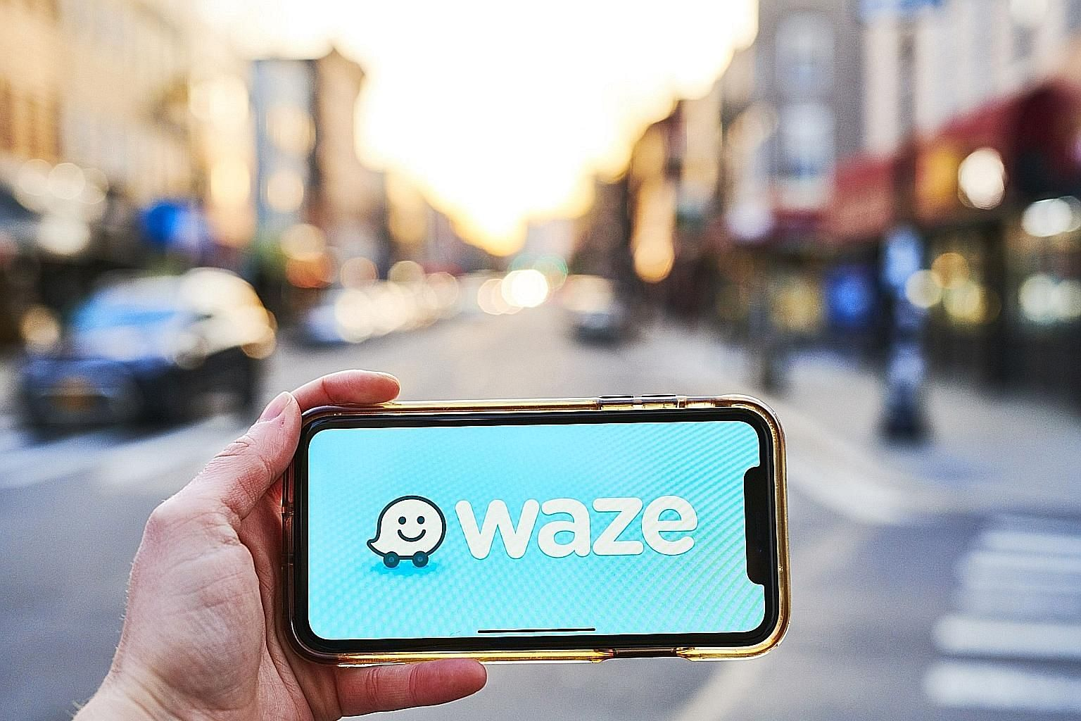 Waze, which uses user-supplied data to help motorists find other routes to avoid traffic jams or speed cameras, is laying off 30 people out of its 555-strong global workforce, but chief executive Noam Bardin did not say how many employees in Singapor
