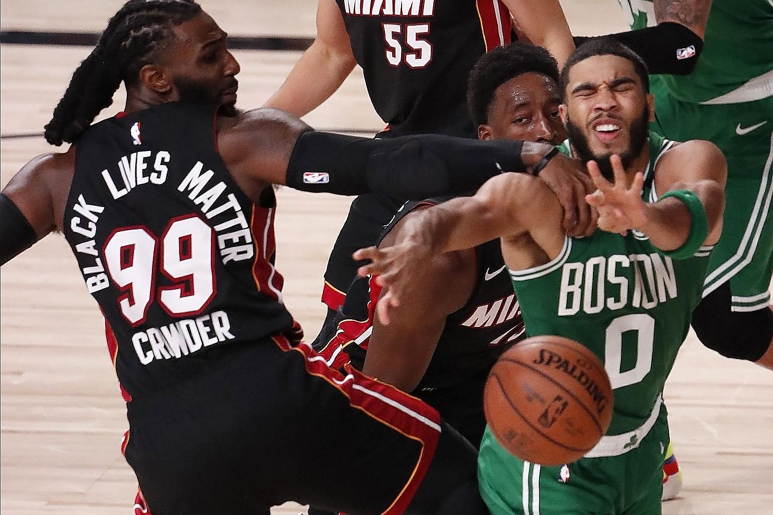 All-Star Jayson Tatum had 25 points, one fewer than the team-high tally recorded by fellow Boston forward Jaylen Brown as the Celtics beat the Miami Heat 117-106 to reduce the deficit in the Eastern Conference Finals to 2-1. PHOTO: EPA-EFE