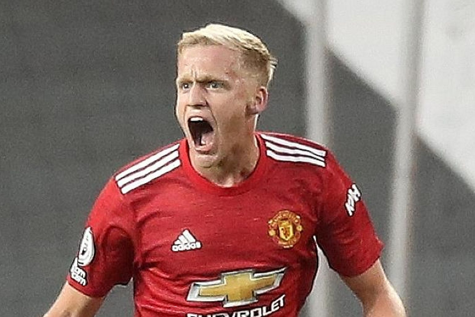 Donny van de Beek, who scored on his debut in the 3-1 loss to Crystal Palace, is Manchester United's only close-season signing so far. PHOTO: EPA-EFE