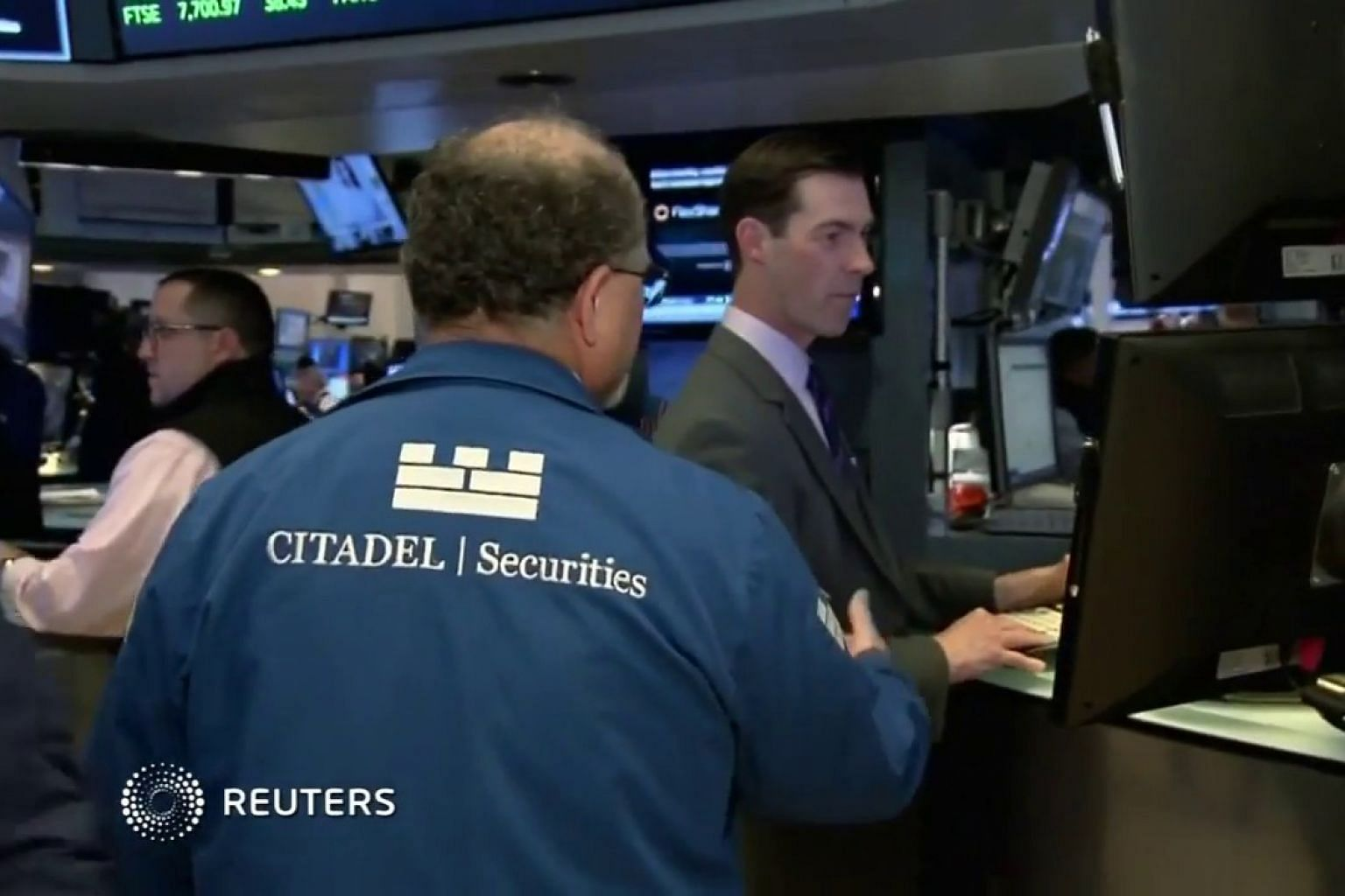 Wall Street rises on easing inflation concerns