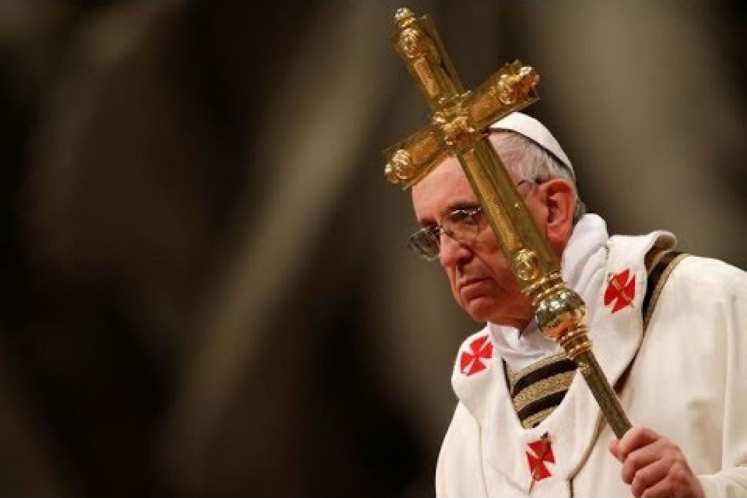Pope ends 'pontifical secrecy' in abuse probes