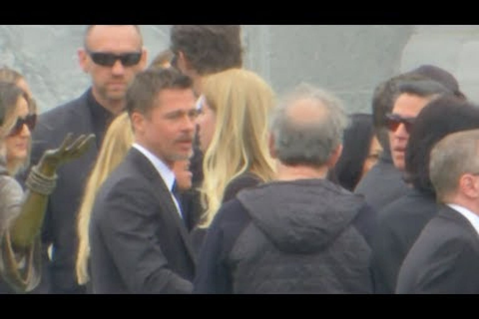 Brad Pitt, Courtney Love among mourners at Chris Cornell's funeral