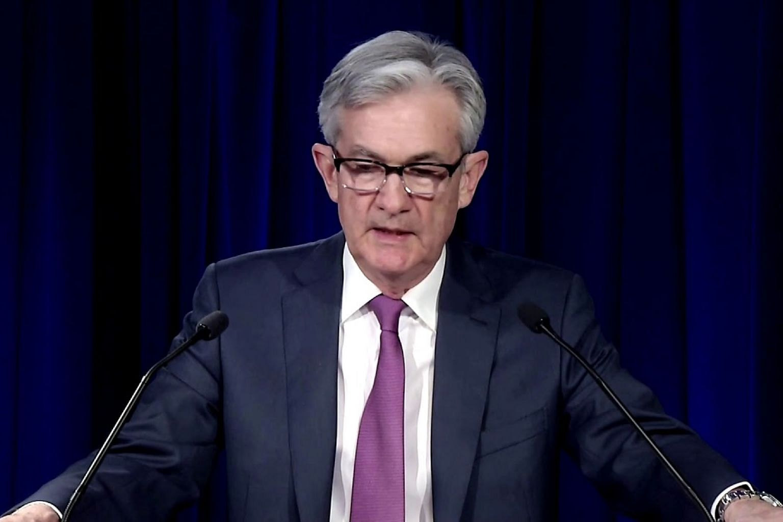 Fed vows to use 'full range' of tools to help economy