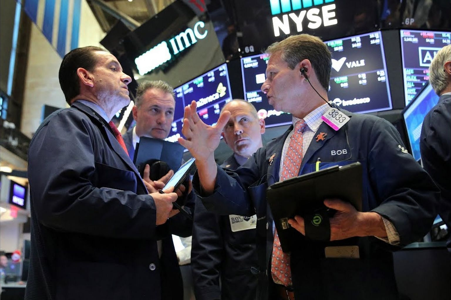 S&P 500 hits record high on rate cut hopes