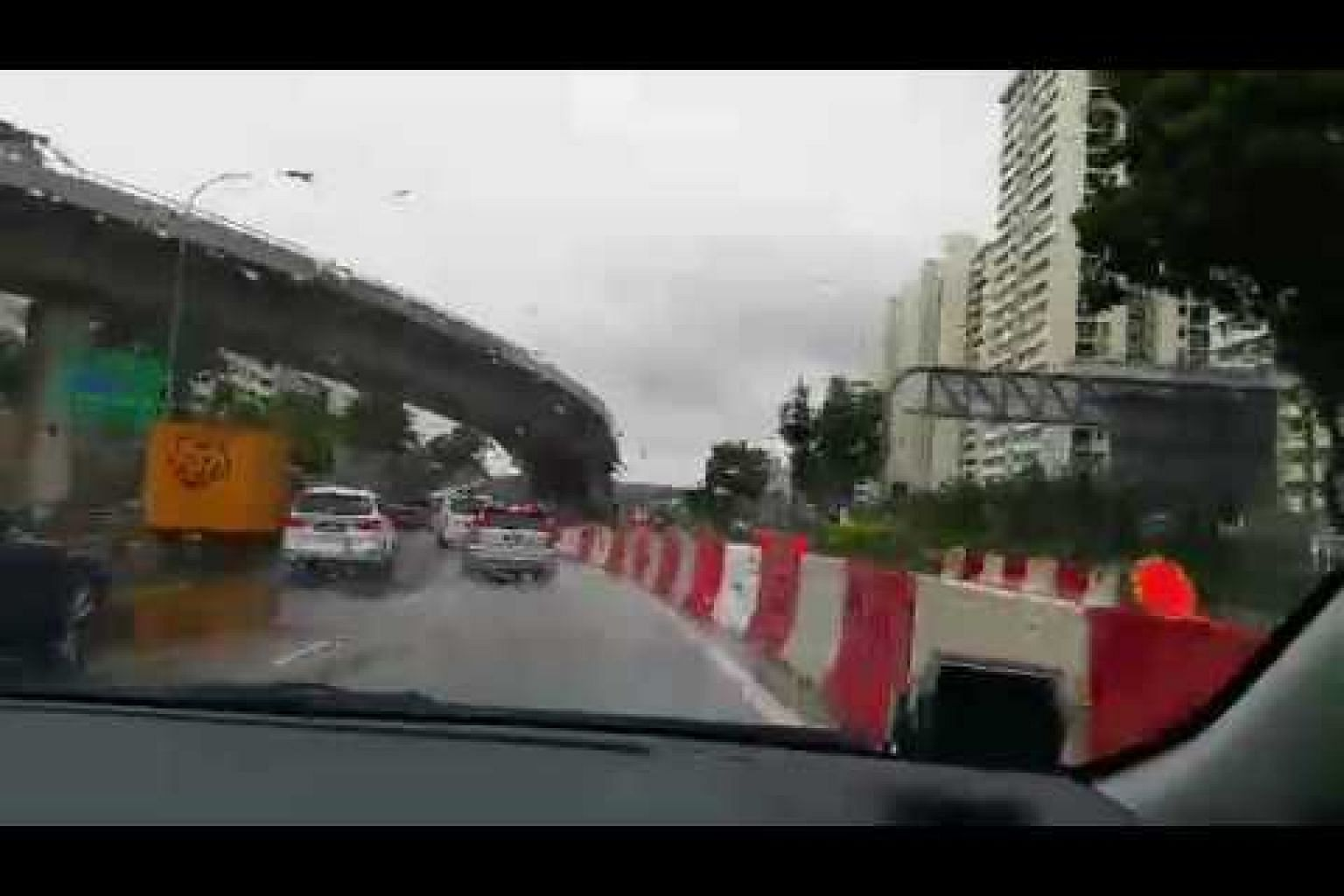 The sharp curvatures on Braddell Road
