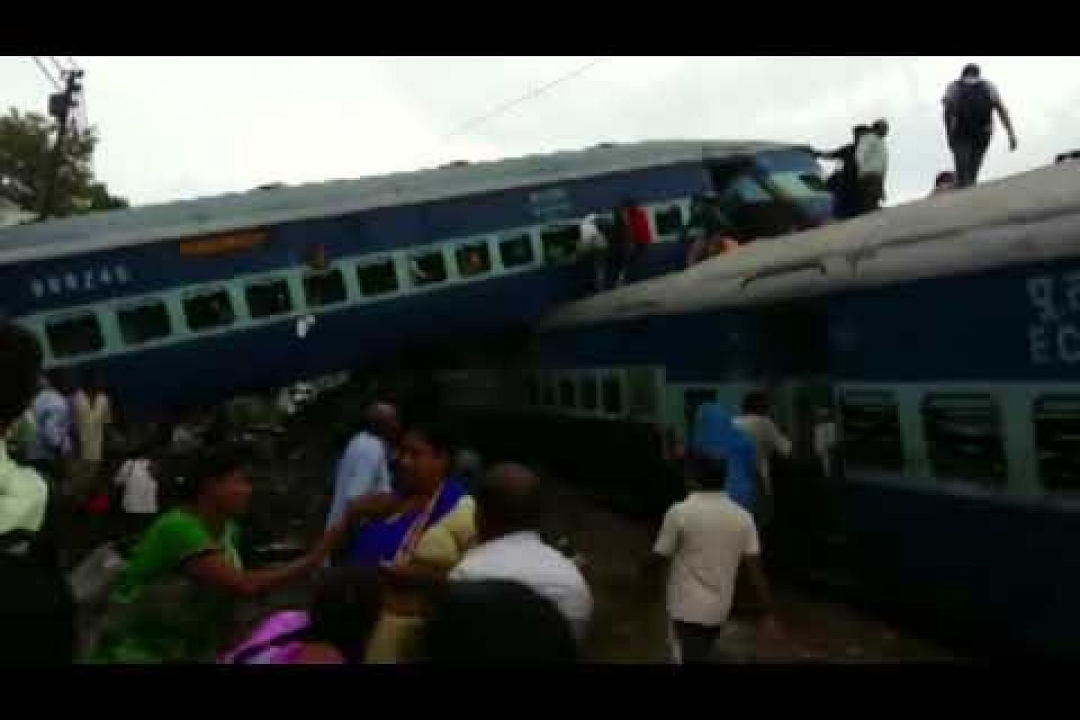 At least 10 dead after passenger train derails in northern India