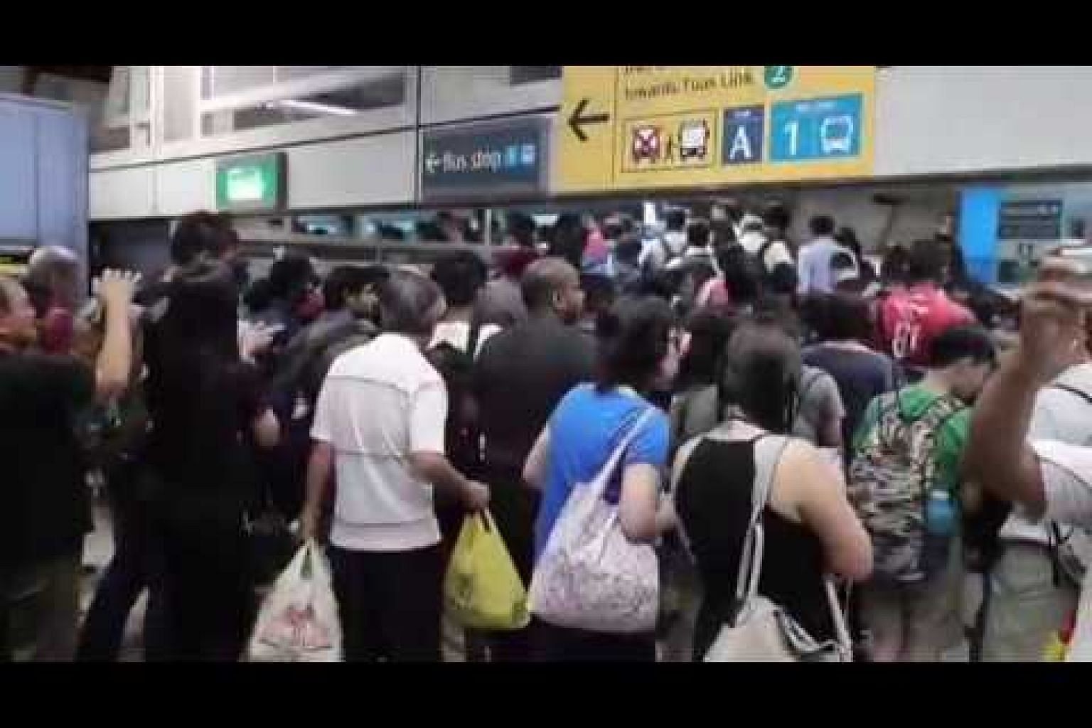 Commuters hit by 40-minute delay on East-West Line during peak hour