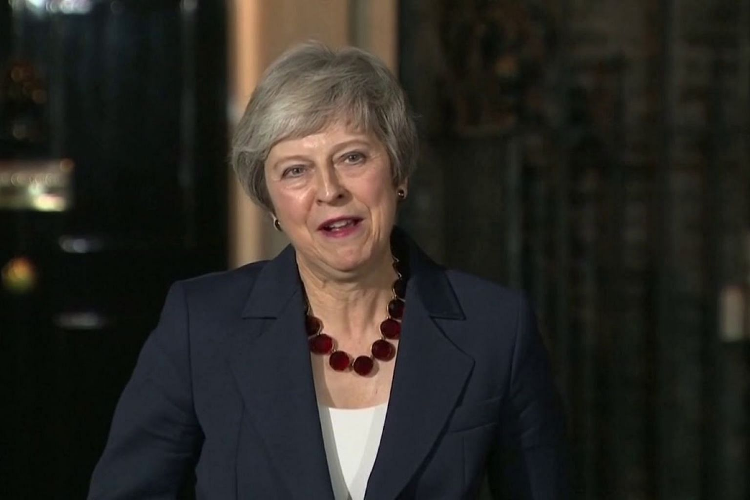 British Cabinet backs PM Theresa May's Brexit plan