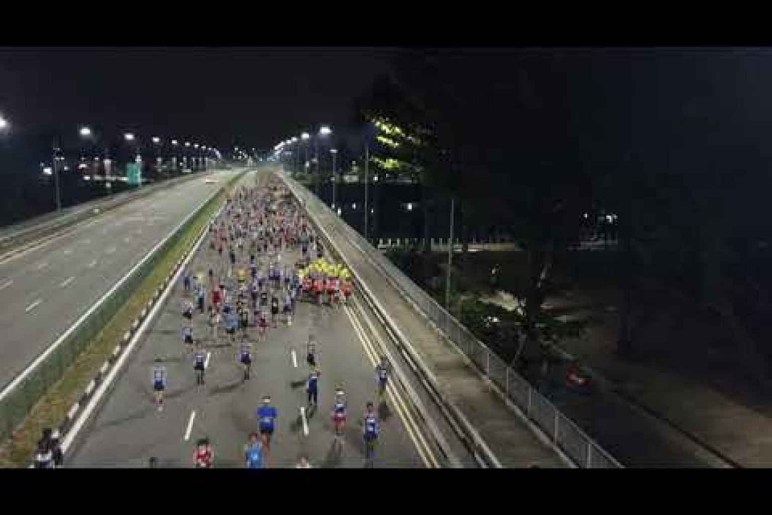 ST Run 2019: Participants of 18.45km race making their way along Nicoll Highway