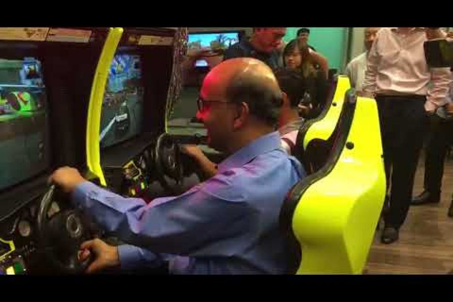 DPM Tharman playing Daytona with a NorthLight School student