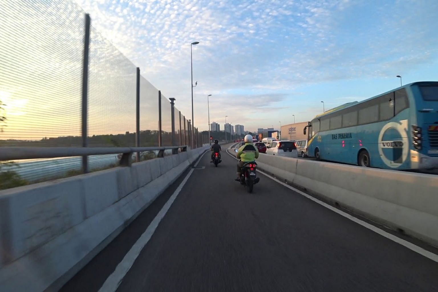 Jam at Woodlands Checkpoint on April 4, 2019