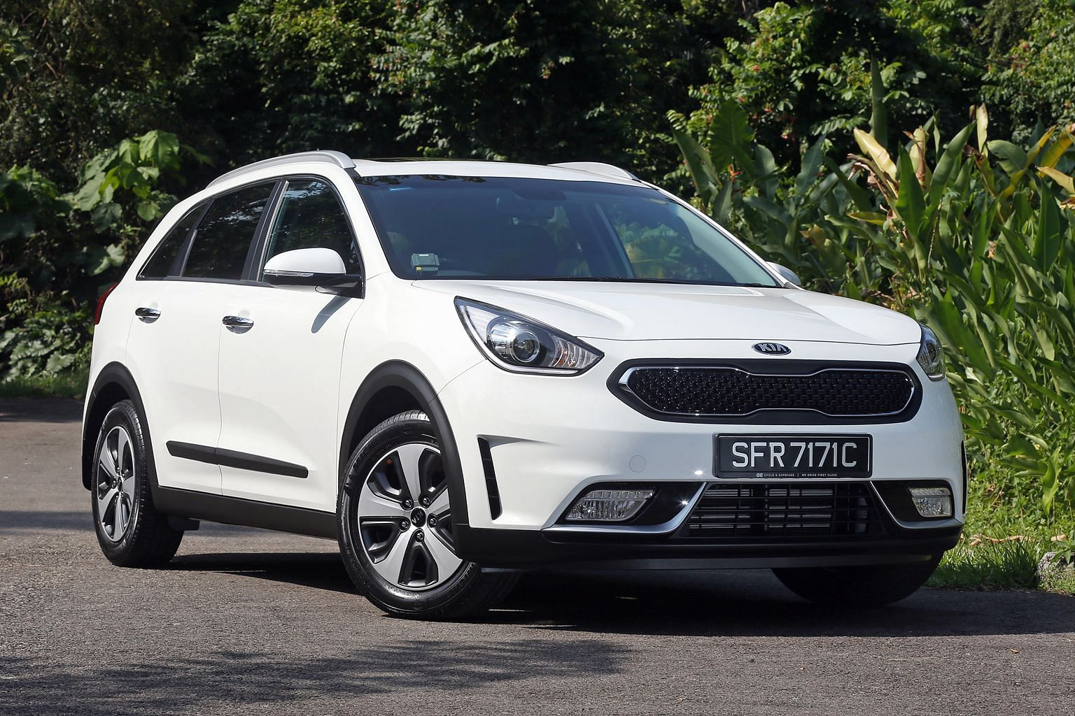 The Kia Niro delivers excellent ride and handling qualities.