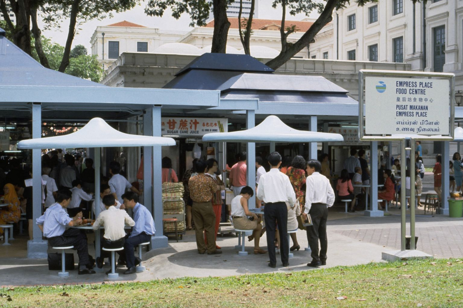 The Empress Place Food Centre along the Singapore River was opened in 1973 and demolished 10 years later. Hawker stalls will make a comeback in the area during this year's Singapore Heritage Festival.