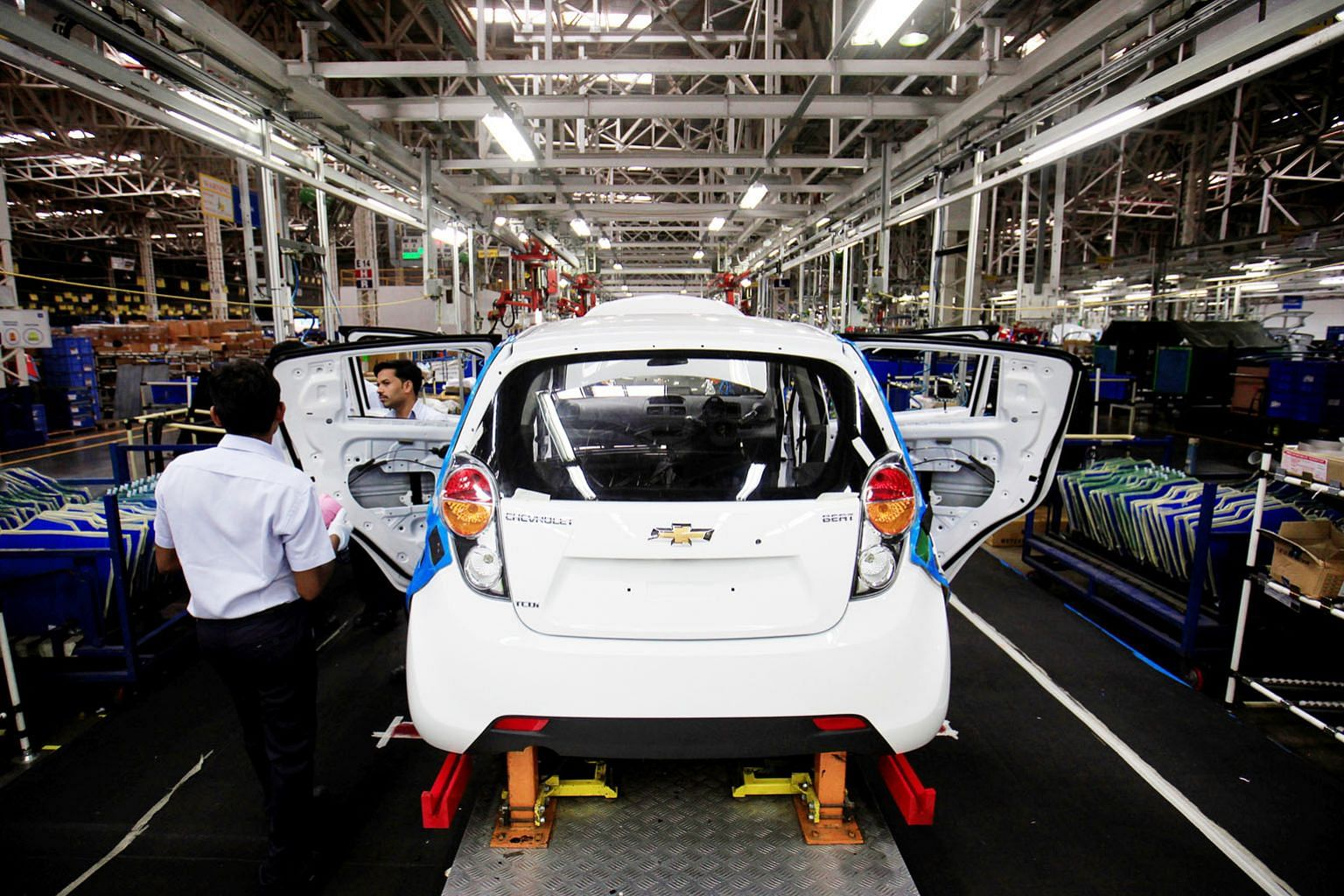 General Motors will stop selling Chevrolet vehicles in India, South Africa and East Africa. In the last two markets, GM is also selling its businesses, dealership and plant to Isuzu.