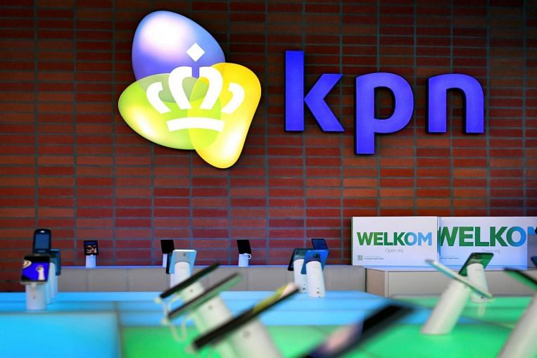 Dutch probe into huge outage of emergency phone line