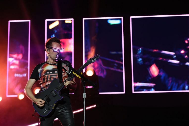 F1 Singapore: Muse brings drama and over-the-top camp
