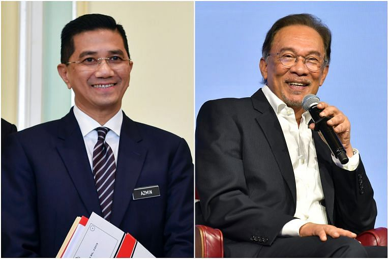 Anwar and I met to discuss national economic matters, says Azmin