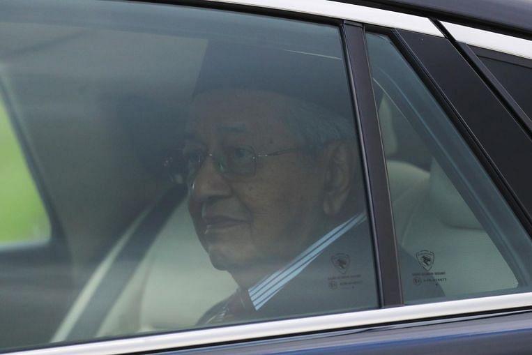 Interim premier Dr Mahathir back at work in Perdana Putra