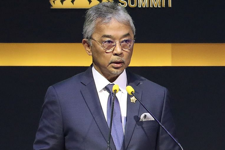 Malaysian King says he, not Parliament, will decide on next PM