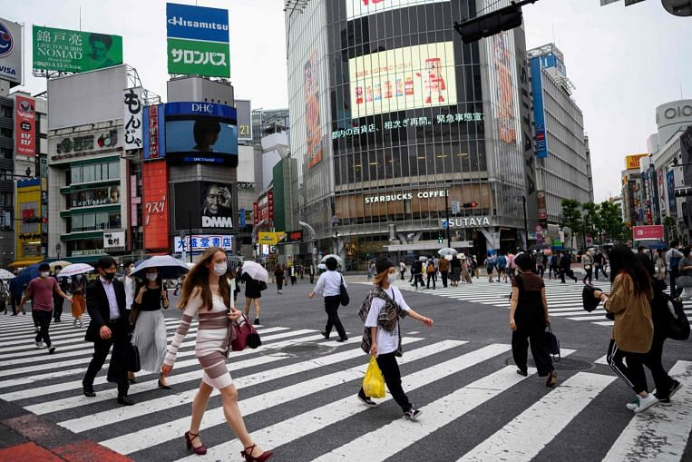 Image of article 'Japan govt sees economy shrinking this year on Covid-19 hit-sources'