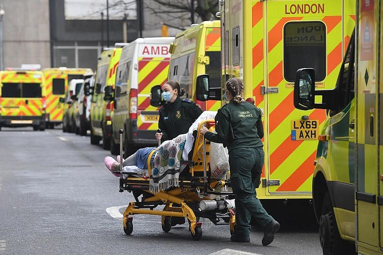 Quarantine for all arrivals in UK as virus deaths go up