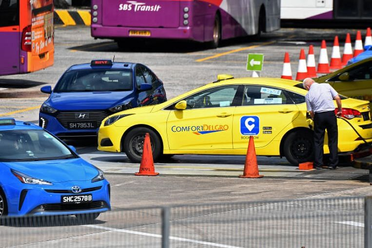 ComfortDelgro Taxi to start month-long trial of ride-hailing service with initial fleet of 25 private cars