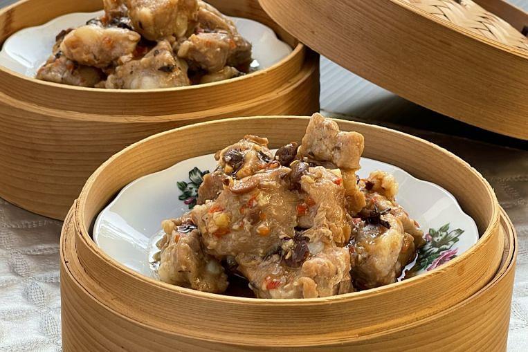 Comfort Cooking: Steamed pork ribs in black bean sauce