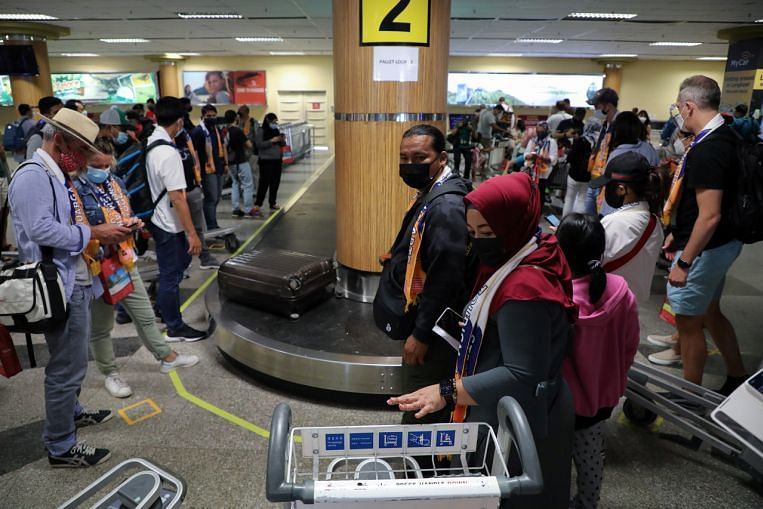 Vaccinated travellers to Malaysia can apply for home quarantine via new portal