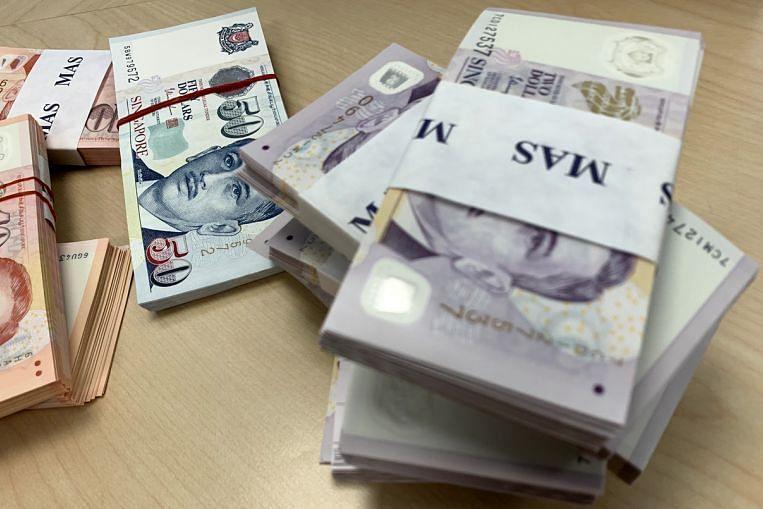 El dólar de Singapur puede superar a algunas monedas regionales, pero no a un dólar estadounidense en recuperación, Economy News & Top Stories