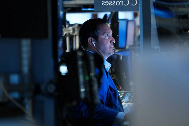 S&P 500, Dow ditutup pada paras tertinggi baharu apabila Facebook memulakan minggu pendapatan tinggi, Berita Syarikat & Pasaran & Cerita Teratas
