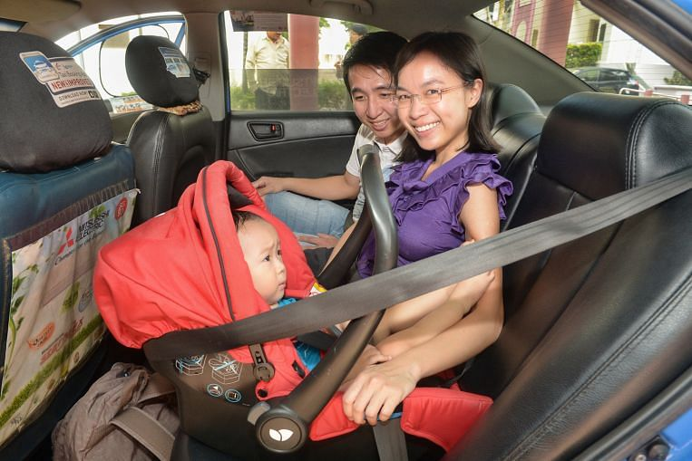 Families who take taxis turn to portable car seats, Lifestyle News