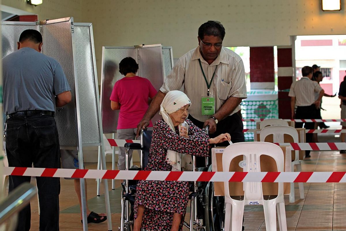 A polling station at Block 555A in Hougang Street 51 on May 7, 2011. All eyes are on Prime Minister Lee Hsien Loong, to see if he would call the next General Election, due by January 2017, in the Christmas festive season, a favourite of founding prim