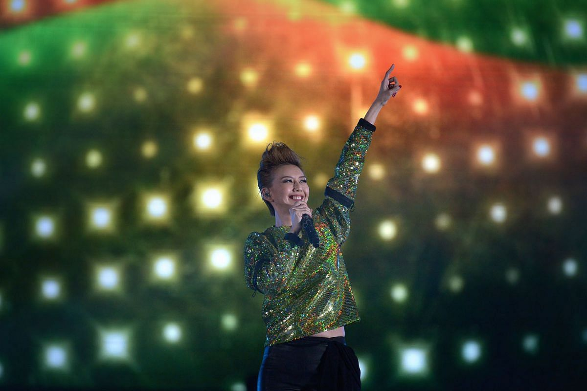 Mandopop superstar Stefanie Sun received some of the loudest cheers from the packed crowd at the National Stadium last night.