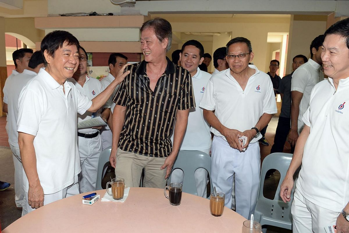 PAP minister Khaw Boon Wan meeting residents at a coffeeshop in Sembawang.