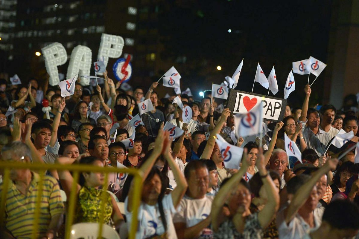 Supporters at a PAP rally at Simei Road on Sept 9, 2015.