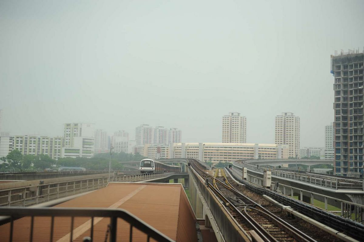Haze situation in Jurong East on Sept 14 at noon with the Pollutant Standards Index hitting the Moderate level of 86.