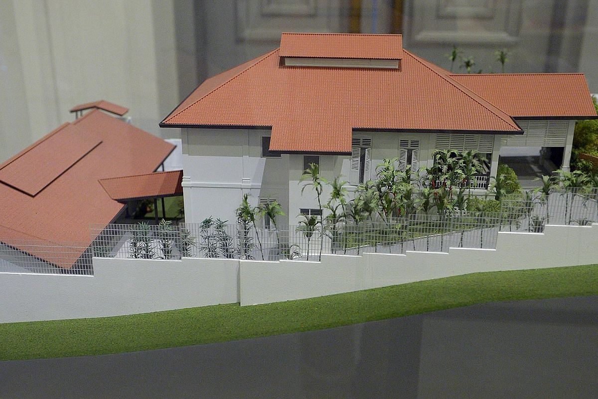 Scale model of 38 Oxley Road.
