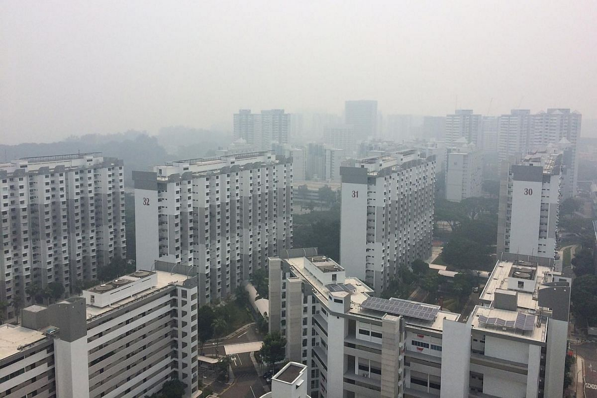 2.50pm: The haze is seen from the 25th floor of a Marine Crescent flat.