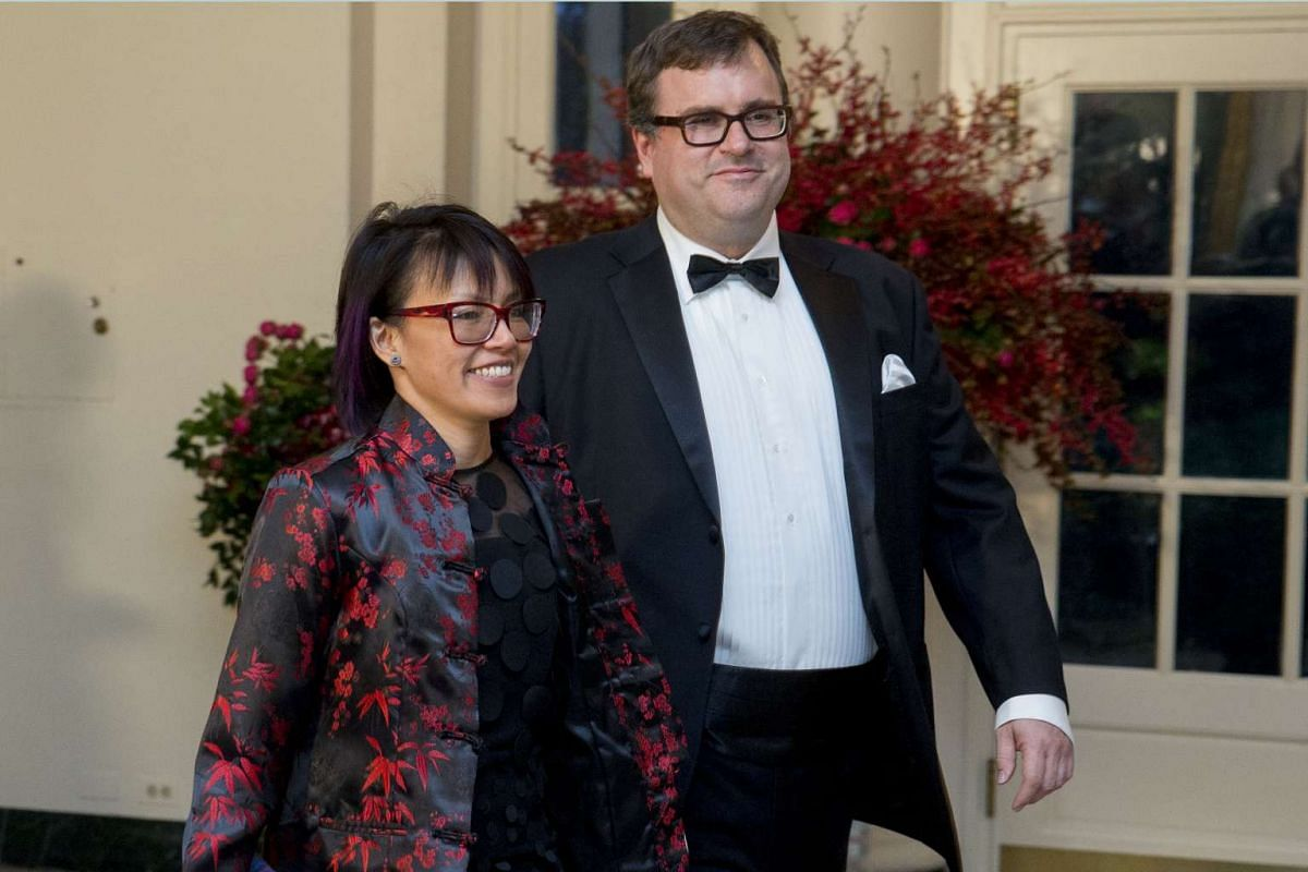 Chairman and co-founder of LinkedIn Reid Hoffman with Ms Michelle Yee.