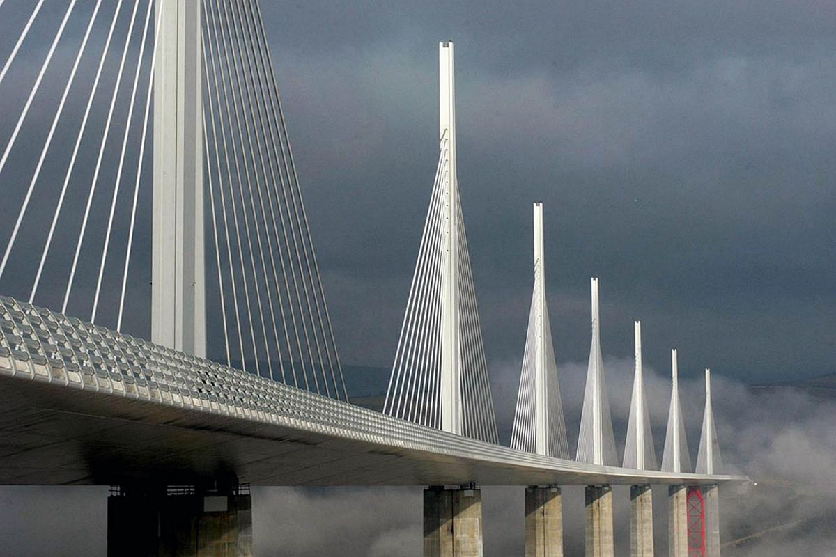 TheMillau Viaduct Bridgeis a cable-stayed bridge that spans 342.9m across the valley of the river Tarn near Millau in southern France. The bridge is part of a highway that connects Paris to Montpellier.