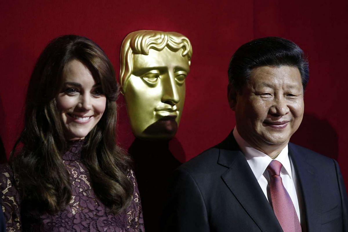 Chinese President Xi Jinping (right) and Britain's Catherine, Duchess of Cambridge, attending a Bafta presentation at Lancaster House in London, on Oct 21, 2015, during a UK-China Creative Collaborations Summit.