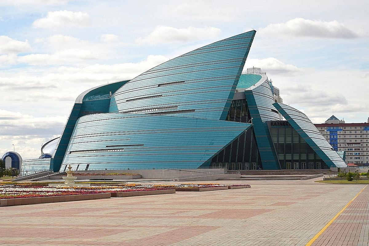 Ascension Cathedral in Almaty is a wooden building constructed without any nails. The pyramid-shaped Palace of Peace and Reconciliation, designed by award-winning British architect Norman Forster, represents all of the world's religious faiths. Baite