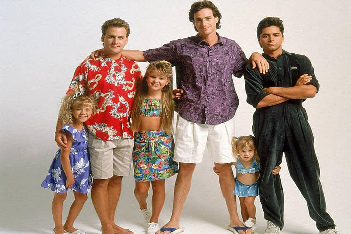 From far left) Jodie Sweetin, Dave Coulier, Candace Cameron-Bure, Bob Saget, one of the Olsen twins and John Stamos.