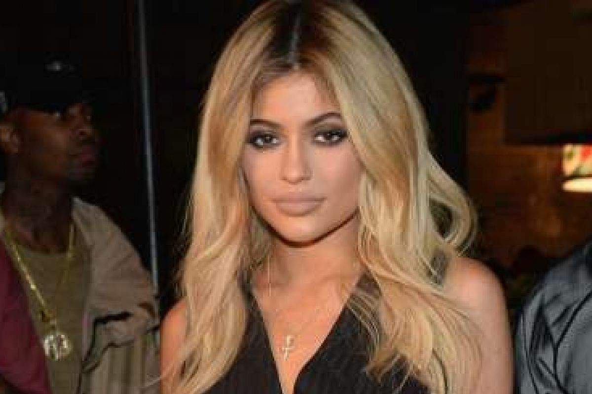 Famous early adopters turned evangelists of Snapchat and Periscope include reality star Kylie Jenner (above) and singer Ariana Grande.