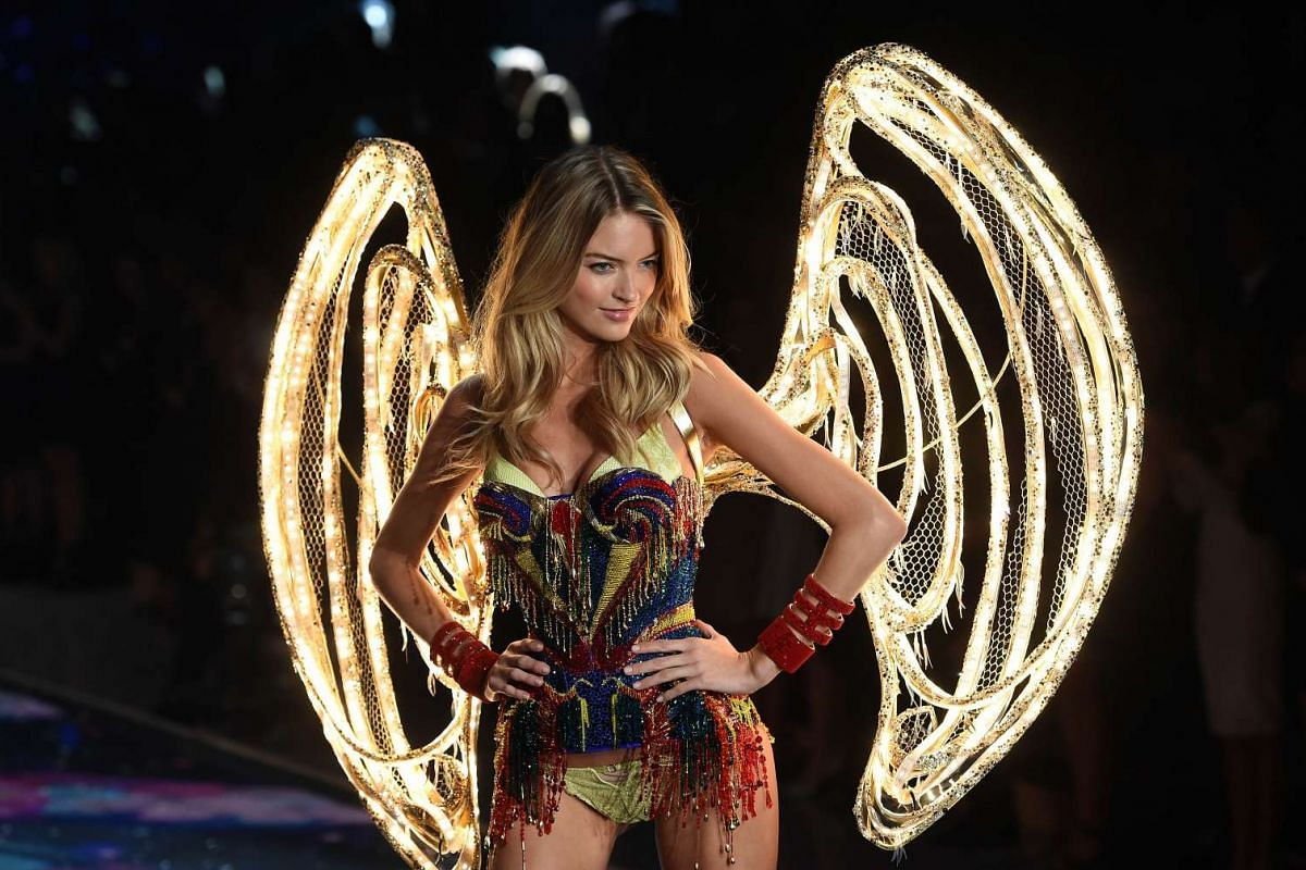 Model Martha Hunt presents a creation during the 2015 Victoria's Secret Fashion Show in New York on Nov 10, 2015.