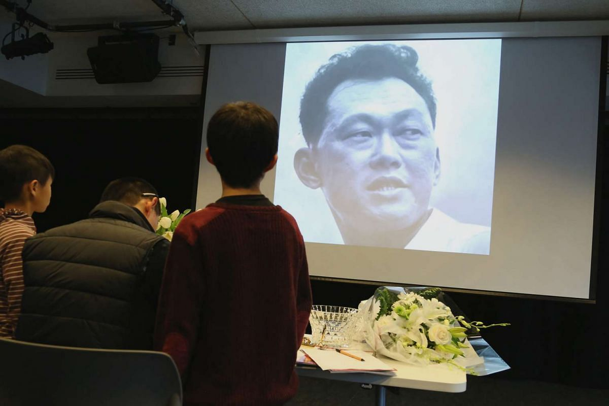 Many Singaporeans abroad gathered on March 29 for memorial events for Mr Lee, including in Vancouver, Canada (above). Some Singapore embassies also showed live telecasts of his funeral.